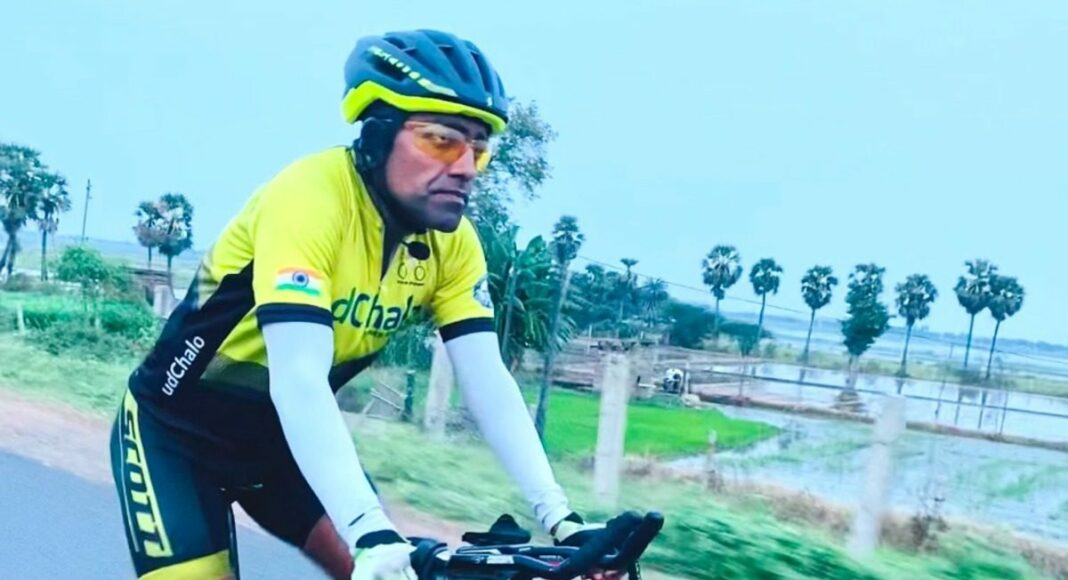 solo cycling